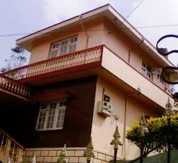 Hotel Cloud 9 Homestay